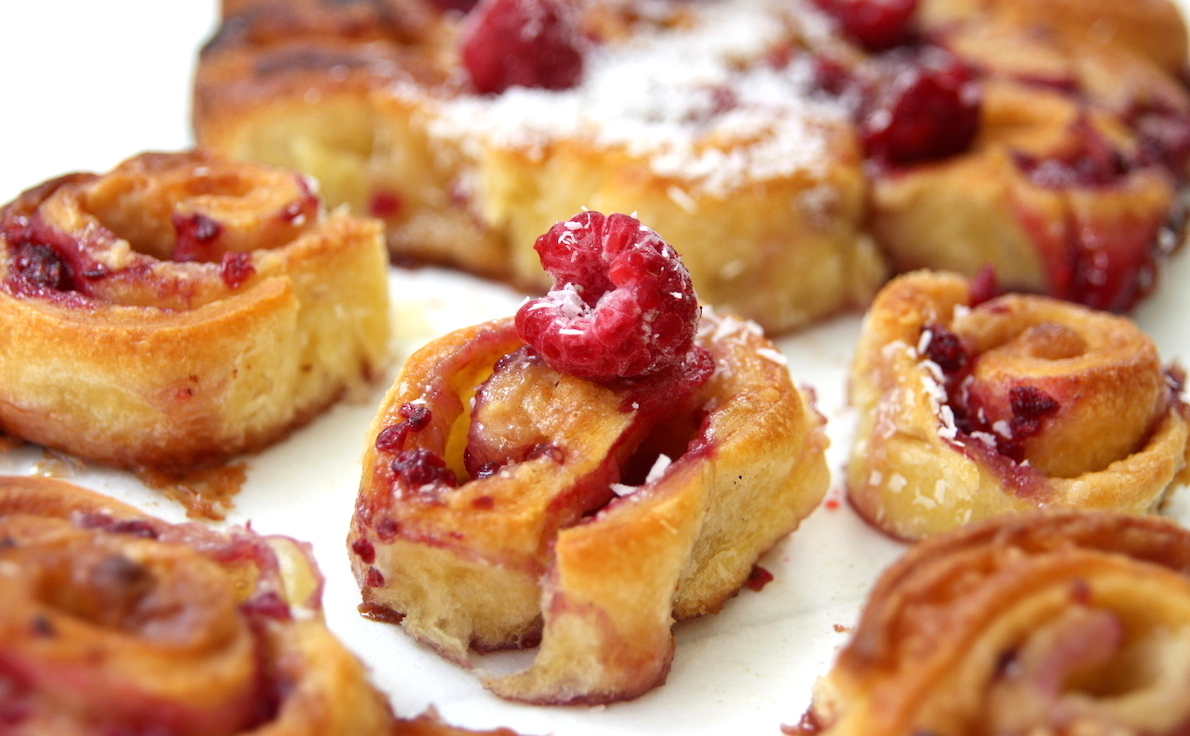 Raspberry white chocolate croissant rolls