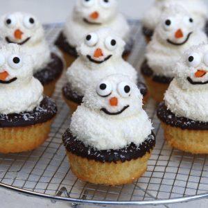 December sneeuwpop cakejes EEFSFOOD
