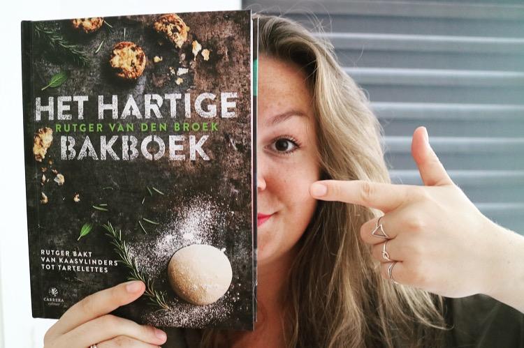 Win het hartige bakboek van Rutger, gesigneerd en al!