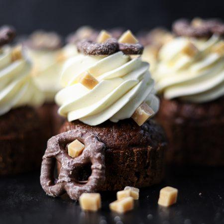 Chocolade pretzel cupcakes
