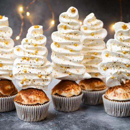 Luchtige tiramisu cupcakes (kerst editie)