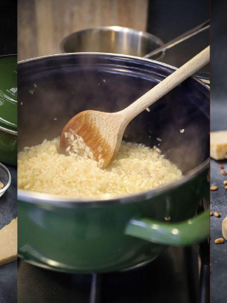 Arancini met prosciutto en pijnboompitten